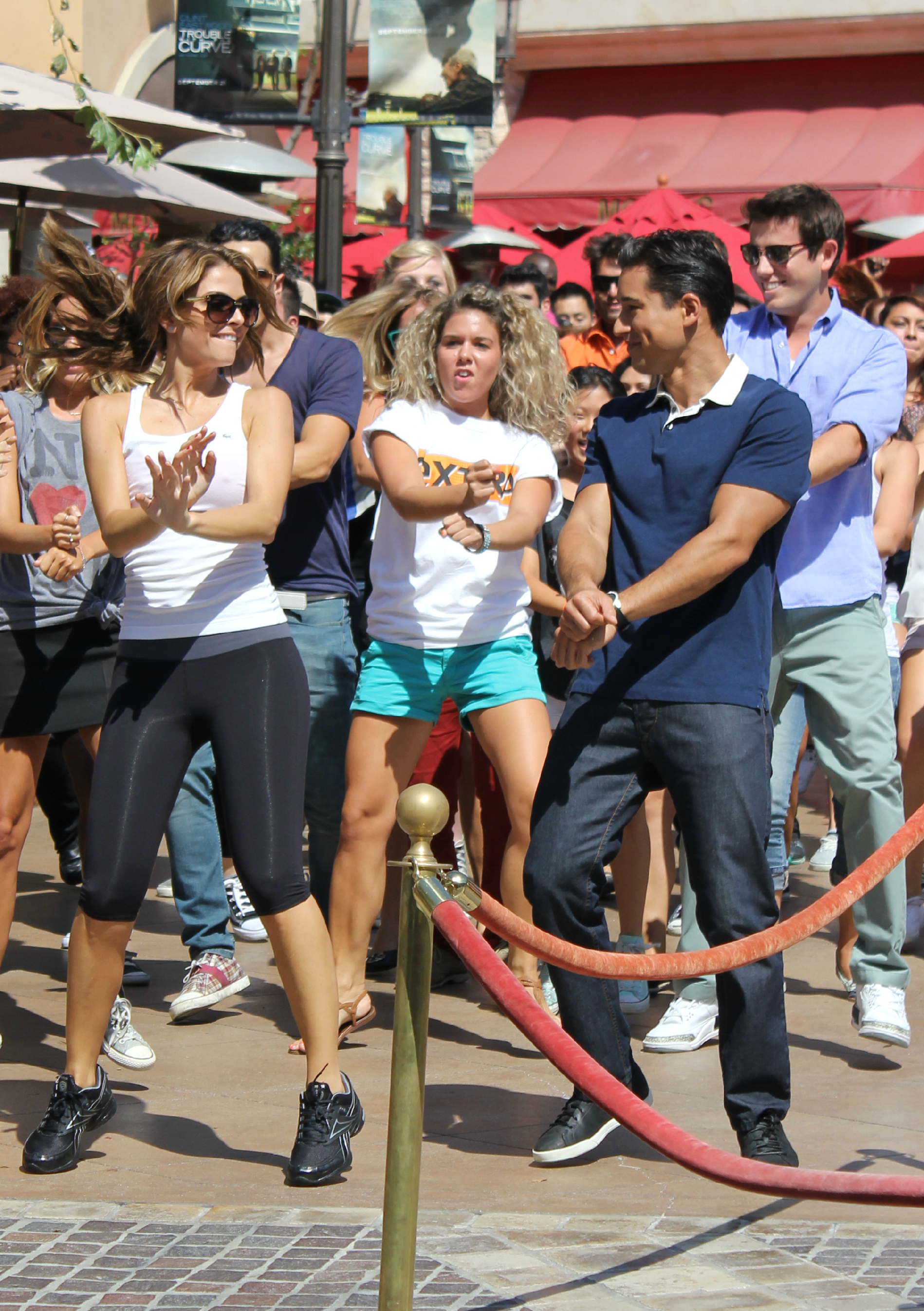 Maria Menounos and Mario Lopez do the Gangnam Style