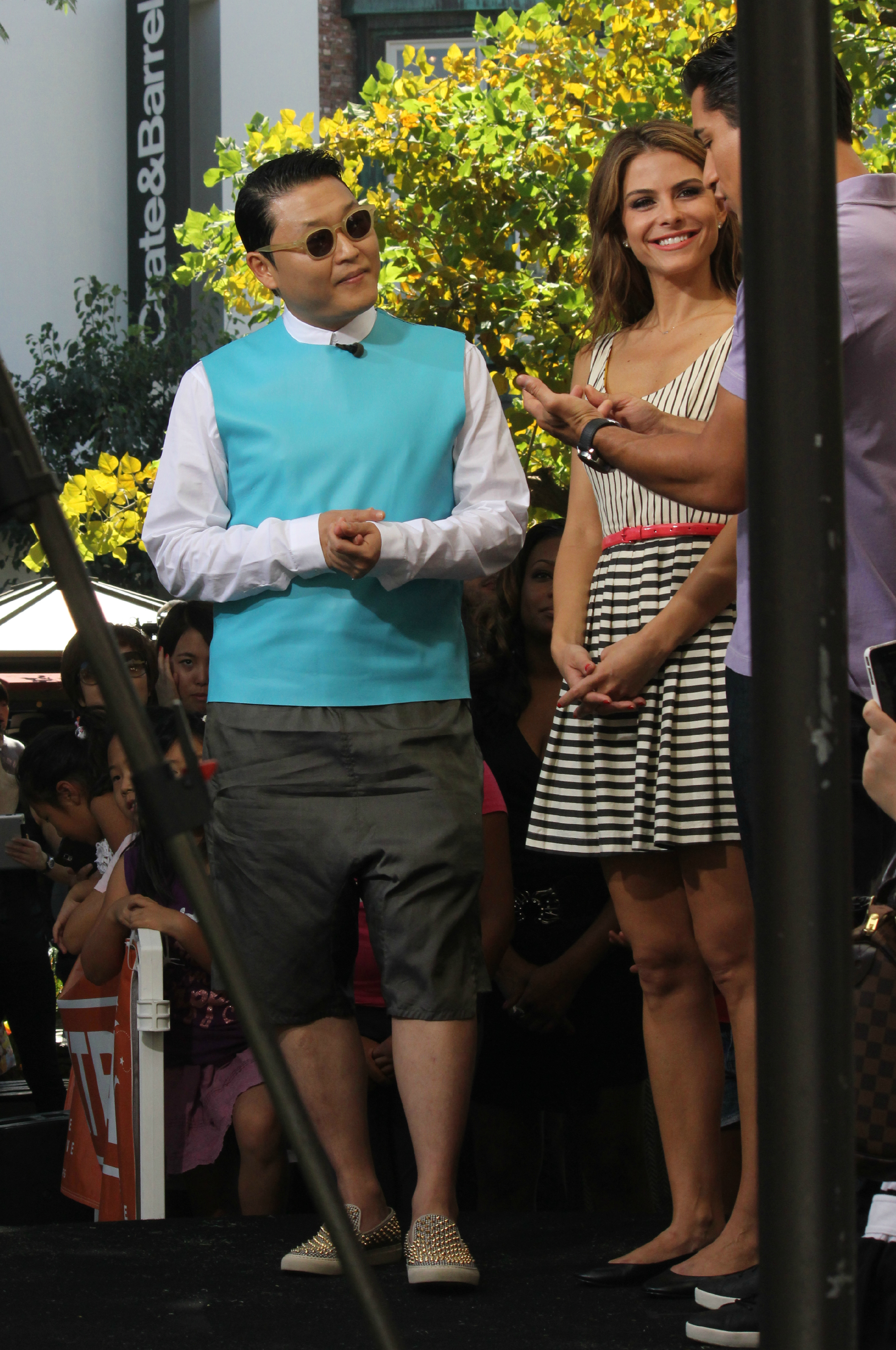 Psy Interview with Extra TV at The Grove