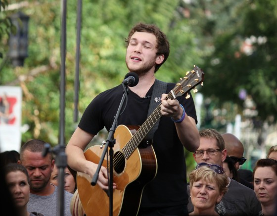 Phillip Phillips performs live
