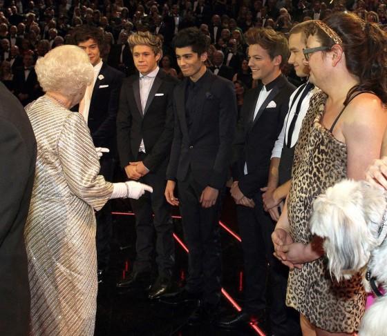 One Direction Meets Queen Elizabeth