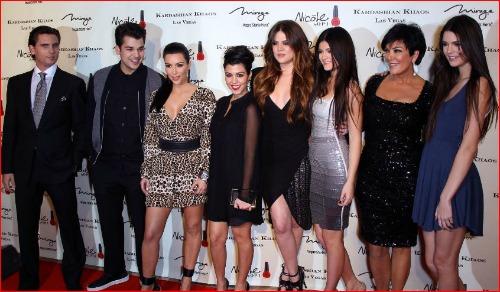 Kardashian-family-christmas-card-2012Kardashian Family 2012