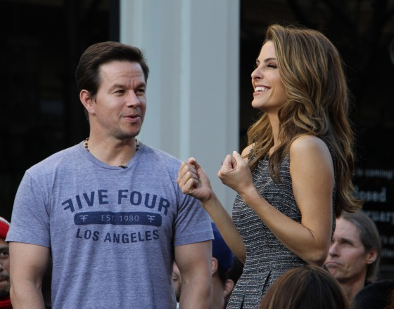 Mark Wahlberg and Maria Menounos at Extra at the Grove