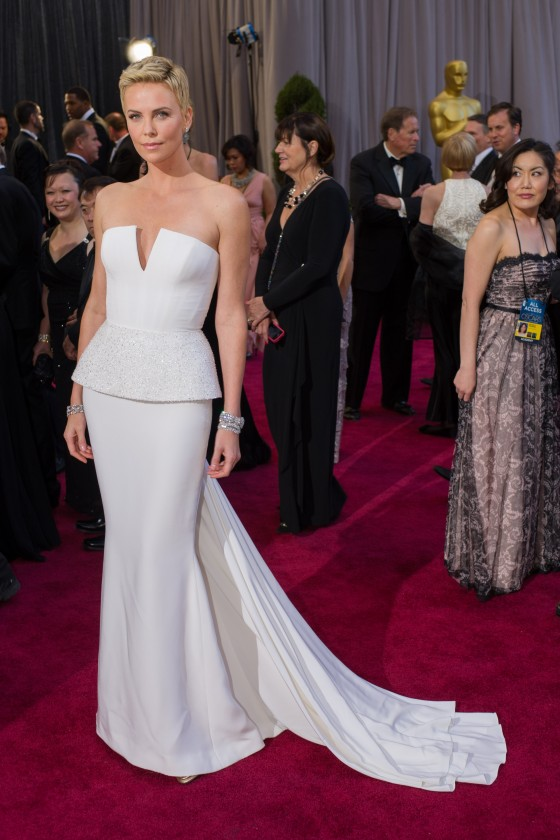 Charlize theron oscar dress