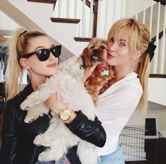 ireland baldwin and her younger cousin hailey baldwin just forget