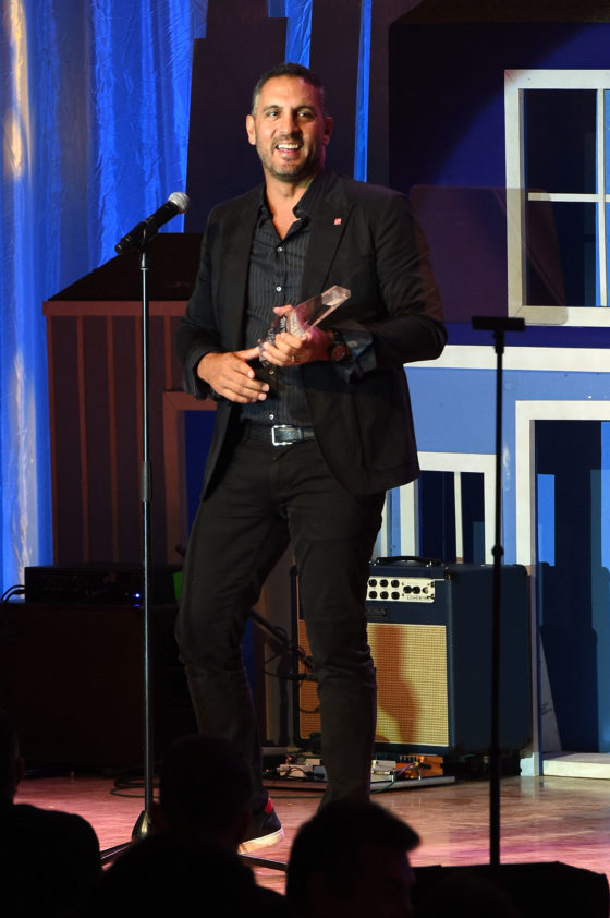 BEVERLY HILLS, CA - OCTOBER 13:  Mauricio Umansky accpts his award at the Habitat LA 2016 Los Angeles Builders Ball at Regent Beverly Wilshire Hotel on October 13, 2016 in Beverly Hills, California.  (Photo by Joshua Blanchard/Getty Images for Habitat for Humanity of Greater Los Angeles)