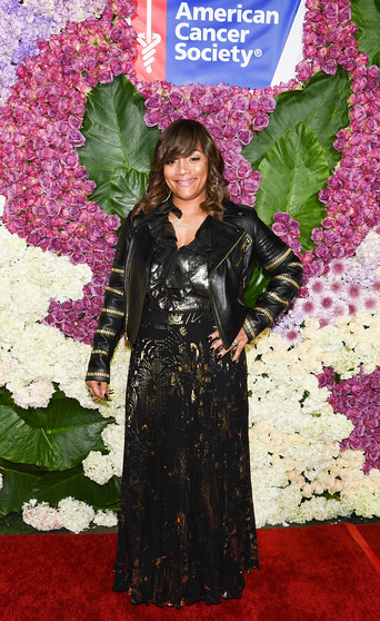 Global ambassador and jewelry designerSimone I. Smith, wife to Hip Hop Legend LL Cool J was honored at the AmericanCancer Society Giants of Science Gala Honorsat the Four Seasons Los Angeles.